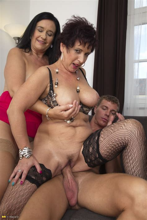 Mature Groupsex