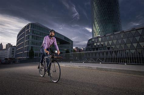 römer kindersitz fahrrad volle strahlkraft voraus aura 40 usb velototal das