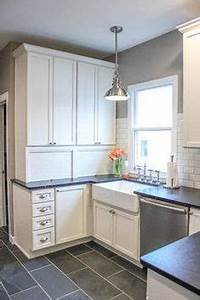 Cuisine meubles blanc et peinture gris taupe peinture for Kitchen colors with white cabinets with 4 murs papier peints