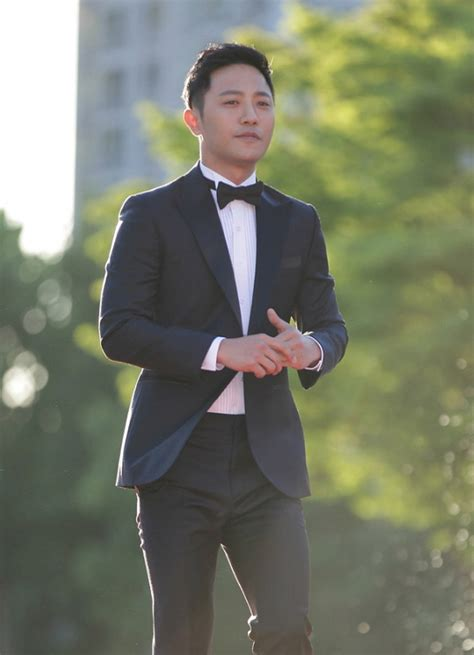 bio c bon si鑒e social jin goo biography actor actor south