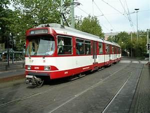 Rheinbahn Düsseldorf Hbf : eine doppeltraktion aus d wag gt8su der d sseldorfer rheinbahn ist am am hauptbahnhof ~ Orissabook.com Haus und Dekorationen