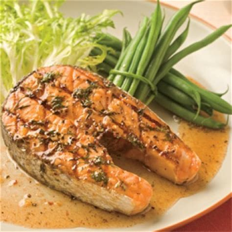 cuisiner darne de saumon darnes de saumon grillées soupers de semaine recettes
