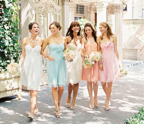 robe bleu pastel pour mariage d 233 couvrez les robes pastels pour vos demoiselles d