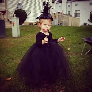 Toddler Witch Costume - BigDIYIdeas.com