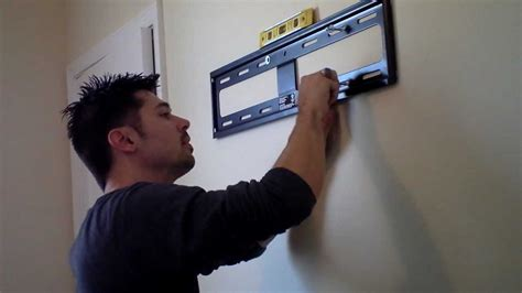 HOW TO HANG TV ON WALL MOUNT REVIEW Doovi