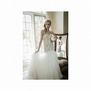 Sarah houston gown name sloane wedding dresses 2018 for Discount wedding dresses houston