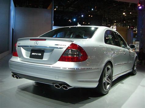 Whether you need a new car or are just browsing to see what's new in the. 2007 Mercedes-Benz E63 AMG Review - Top Speed