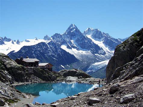 du mont blanc tour du mont blanc aktivn 237 dovolen 225 v alp 225 ch ck mundo