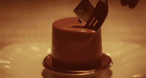 jennifer lawrence cake gif find share  giphy