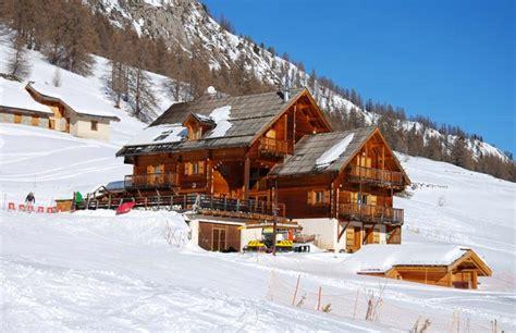 trois pi鐵es cuisine hotels dans les hautes alpes serre chevalier