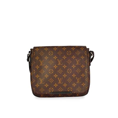 louis vuitton monogram district pm messenger bag luxity