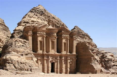 Filethe Monastery Petra Jordan8 Wikimedia Commons