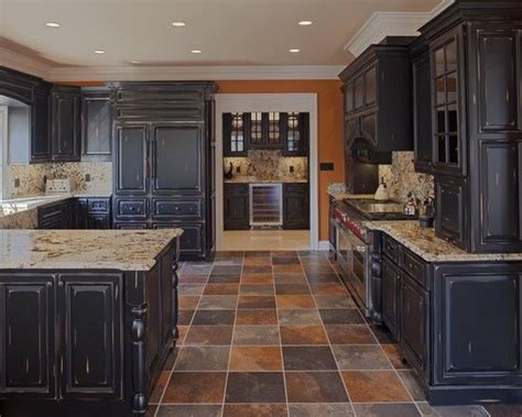 painting and distressing kitchen cabinets distressed milk paint kitchen cabinets design pictures 7318