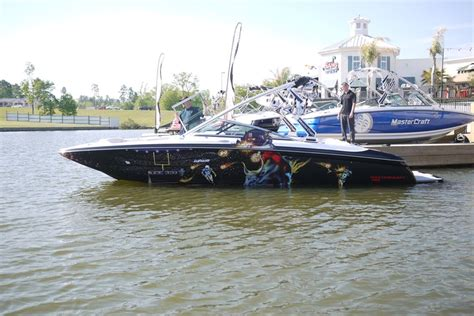 Mastercraft Boats Houston by 74 Best Images About Boat Wraps On Mario