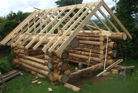 balkonã berdachung selber bauen gartenhaus selber planen blockhaus selber bauen haus planen einfach und schnell aufgebaut mit