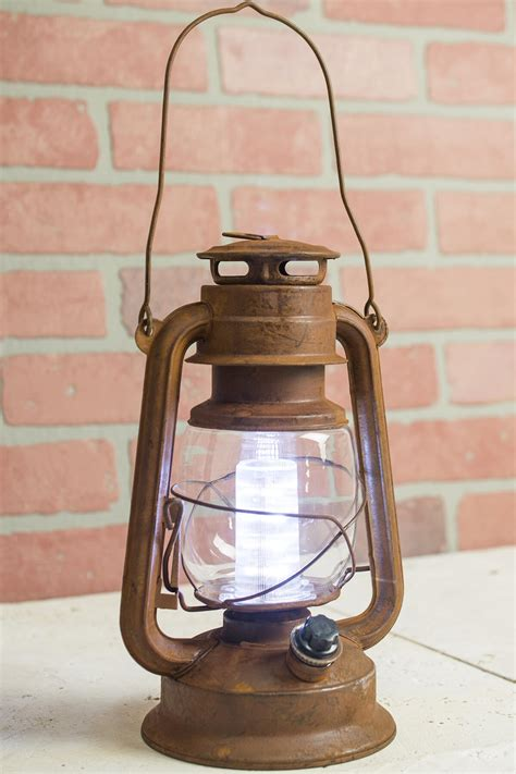 battery operated vintage style dimmable lantern with