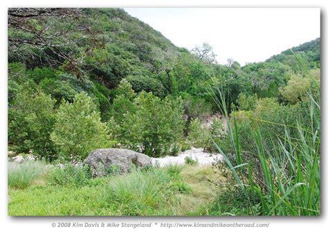 battus p philenor foodplants habitats