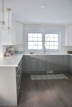suspended kitchen cabinets modern magas f 233 nyű sz 252 rke ikea konyha vil 225 gos 2620