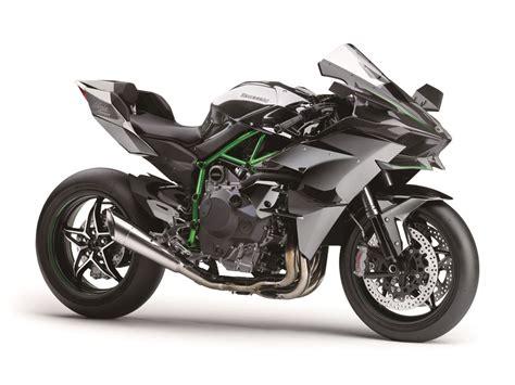 Review Kawasaki H2r kawasaki h2r 2015 on review mcn