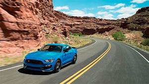 Ford Mustang Shelby Gt350 : ford shelby gt350 mustang will live on for 2018 ~ Medecine-chirurgie-esthetiques.com Avis de Voitures