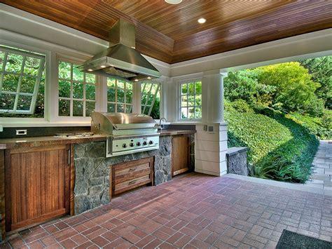 Screen Porch Outdoor Kitchen