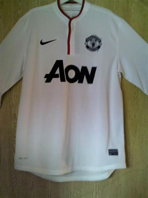 leaked  manchester united kits   home  shirts
