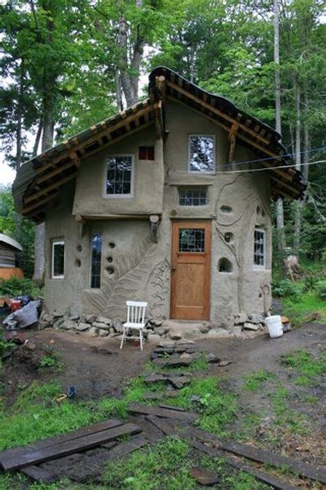 cobb house cob houses simplicity at its best houz buzz