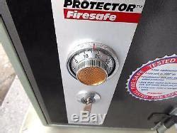 sisco fire safe  protector model  combination