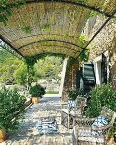 Terrassenuberdachung bambus sonnenschutz gartenidee for Terrassenüberdachung bambus