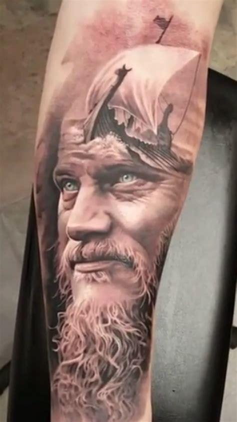 wikinger unterarm wikinger kunstwerk tatoo wikinger rabe und nordische tattoos
