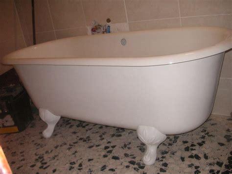 vidange automatique baignoire ancienne en fonte sur pied