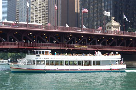 Private Sunset Boat Cruise Chicago by Chicago River Bridges Tour Wendella Boats
