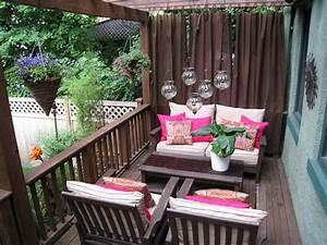 Apartment backyard apartment patio privacy ideas for Apartment patio decor ideas