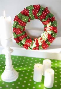 DIY Easy Christmas Ribbon Wreath - Party Ideas   Party ...