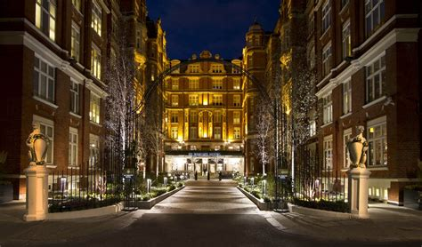 st ermin s hotel london have dog can travel pet friendly locations uk