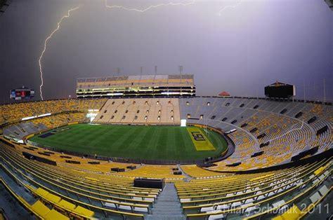 It never rains in Tiger Stadium | Lsu football, Lsu tigers ...