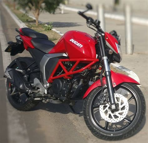 Modification Yamaha by Yamaha Fz Modified To Look Like A Ducati Streetfighter