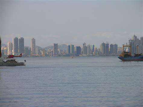 Small Boat Panama Canal Cruises by Panama Canal Cruise
