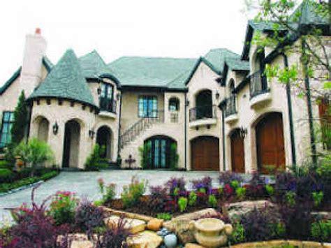 Haus Italienischer Stil by Italian Style Home Italian Farmhouse Style Homes Italian