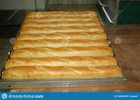 bread baking sheet french baguette baked healthy