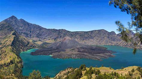 foto pemandangan gunung rinjani  menakjubkan wisatabarucom