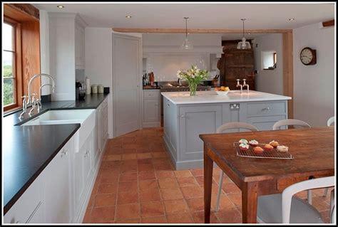 terra cotta tile in kitchen terracotta floor tiles kitchen home design ideas 8441