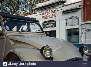 Auto In Der Garage : france garage car stockfotos france garage car bilder alamy ~ Whattoseeinmadrid.com Haus und Dekorationen