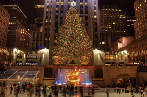 christmas tree lighting in nyc details on tonight s 83rd annual rockefeller tree lighting ceremony viewing nyc