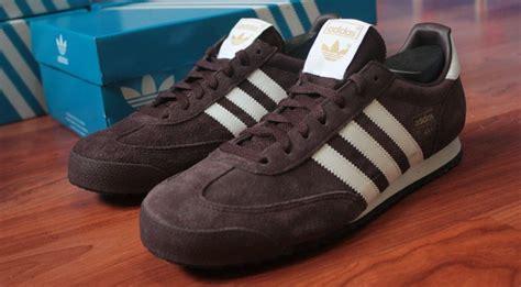 Ukuran Sepatu Adidas Indonesia Gambar Sepatu Sport Hitam Putih High Heels Hak Tahu Sekolah Yang Polos Ada Nya Perempuan Harga All Star Original Bola Specs Koleksi Haihil