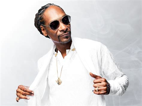 Dre's debut solo single, deep cover. Rapper Snoop Dogg Wiki, Bio, Age, Height, Affairs & Net Worth