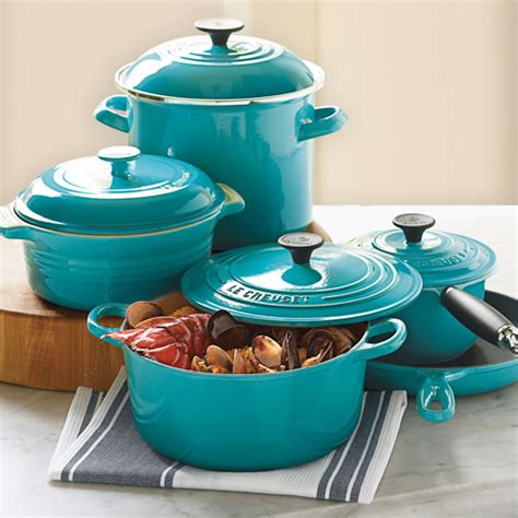 le creuset ovens cookware tea kettles bakeware from le creuset