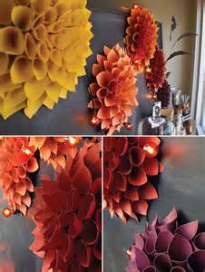 DIY Fall Wreath Construction-Paper