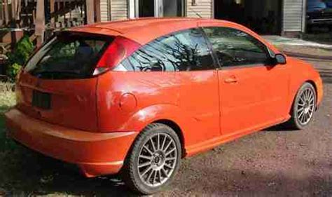 sell   ford focus svt comp orange  east