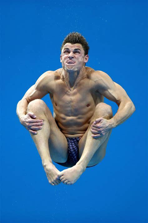 Troy Dumais - Troy Dumais Photos - Olympics Day 11 ...